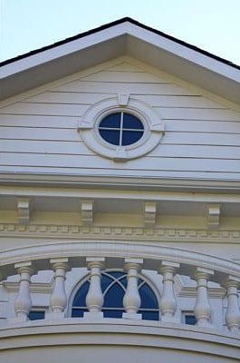 Brady-House-front-terrace