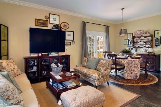 LooseParkPlace-familyroom